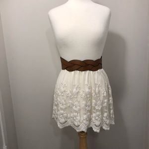 Dresses & Skirts - Guess Lace Skirt